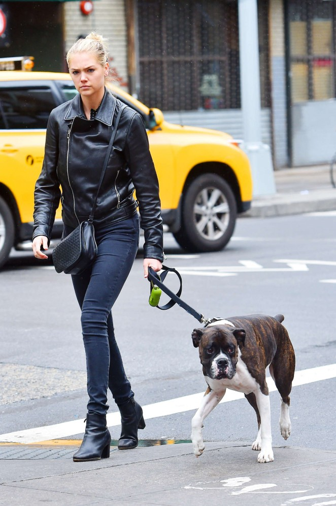 Kate Upton in Jeans Walking her Dog in New York City