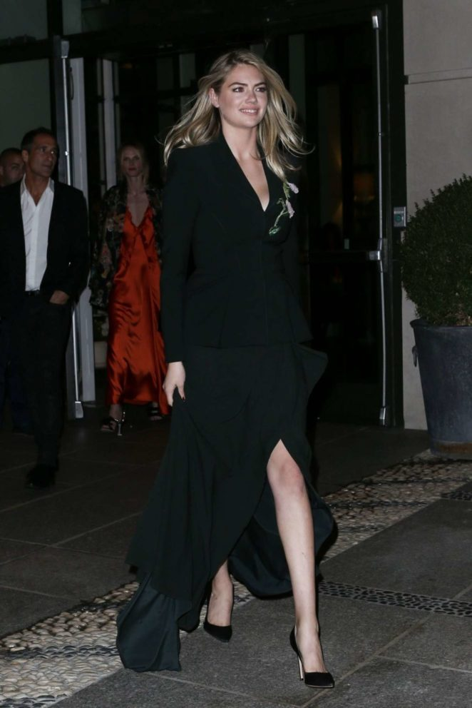 Kate Upton - Out in NYC