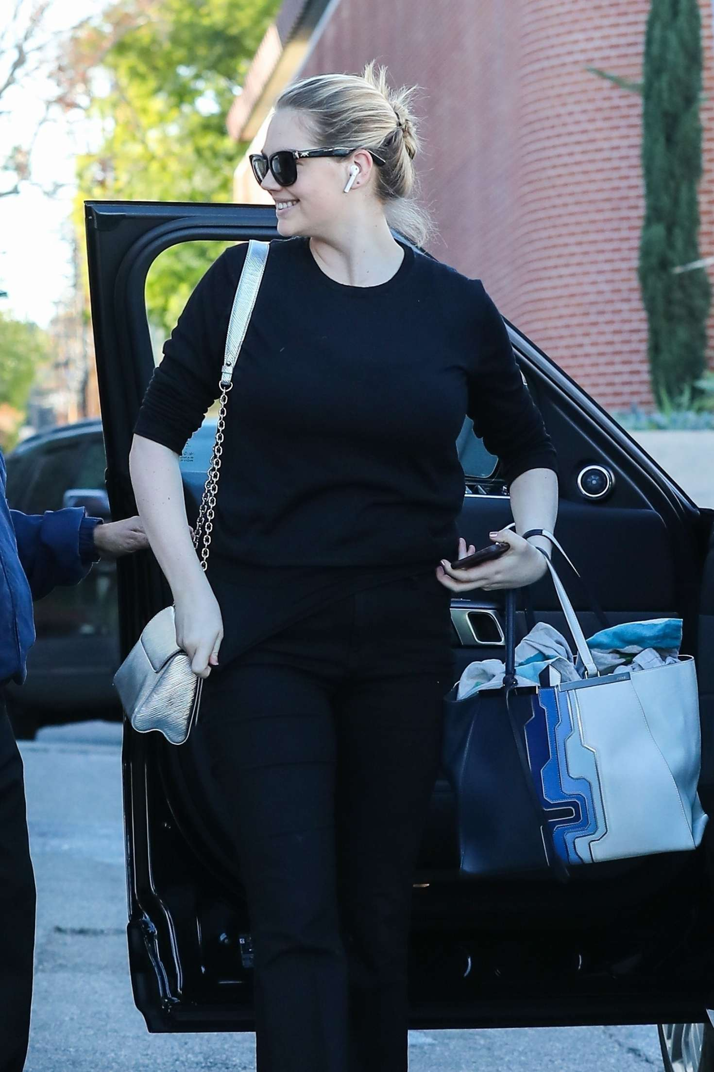 Kate Upton - Out in Santa Monica