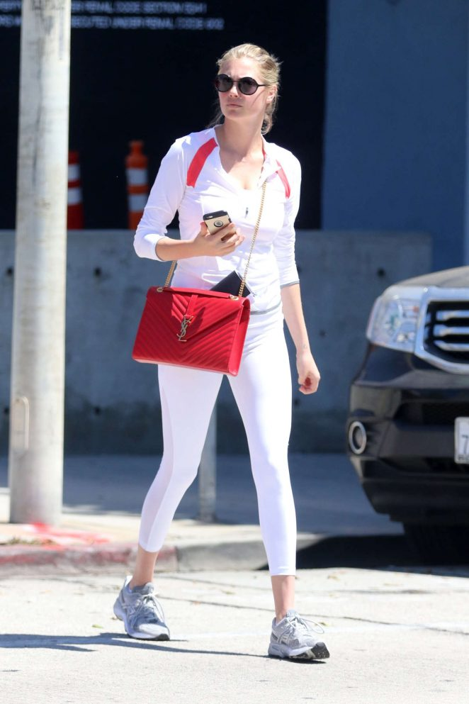 Kate Upton - Shopping at Mayfield in West Hollywood