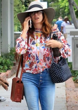 Kate Walsh at Alfred's Coffee in LA