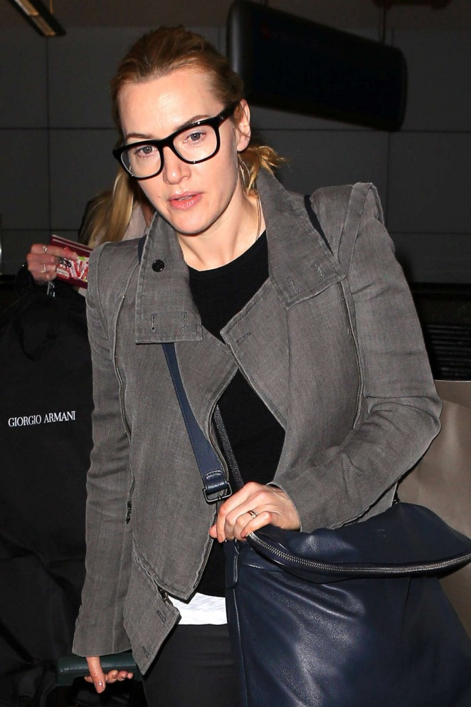 Kate Winslet – Arrives at LAX Airport in LA