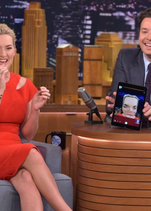 Kate Winslet: The Tonight Show with Jimmy Fallon -04