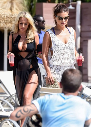 Kate Wright: Filming TOWIE -03