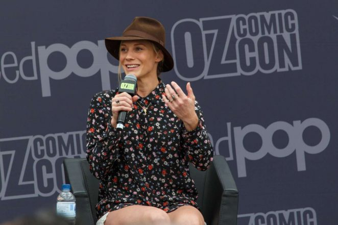 Katee Sackhoff: Panel at Oz Comic-Con 2016 -04