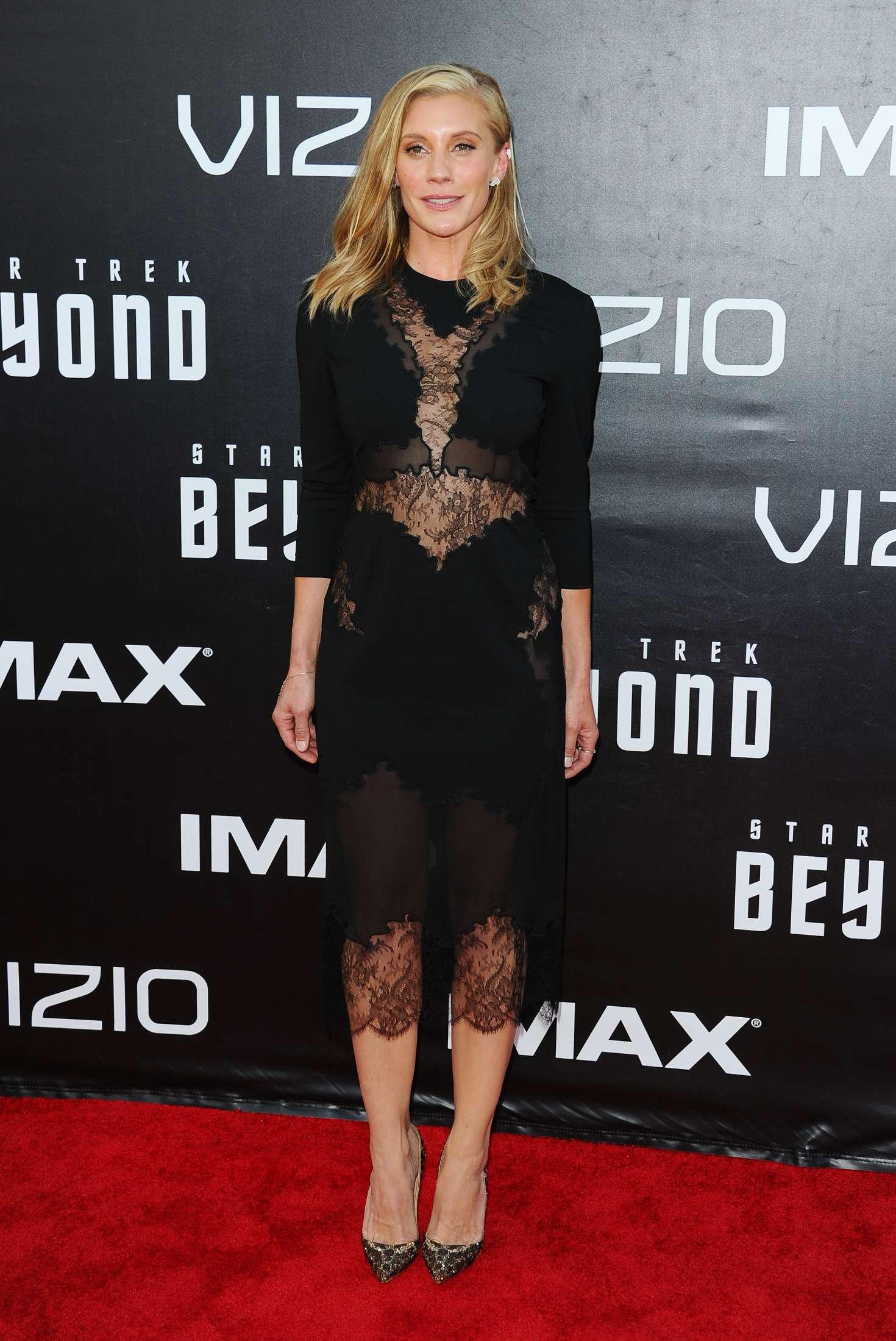 Katee Sackhoff Star Trek Beyond Premiere In San Diego