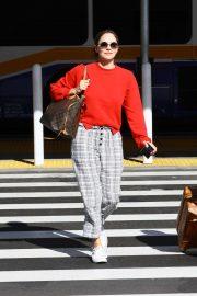 Katharine McPhee - Arrives at Los Angeles International Airport