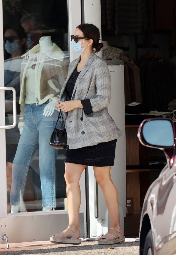 Katharine McPhee - Goes shopping after lunch in Los Angeles