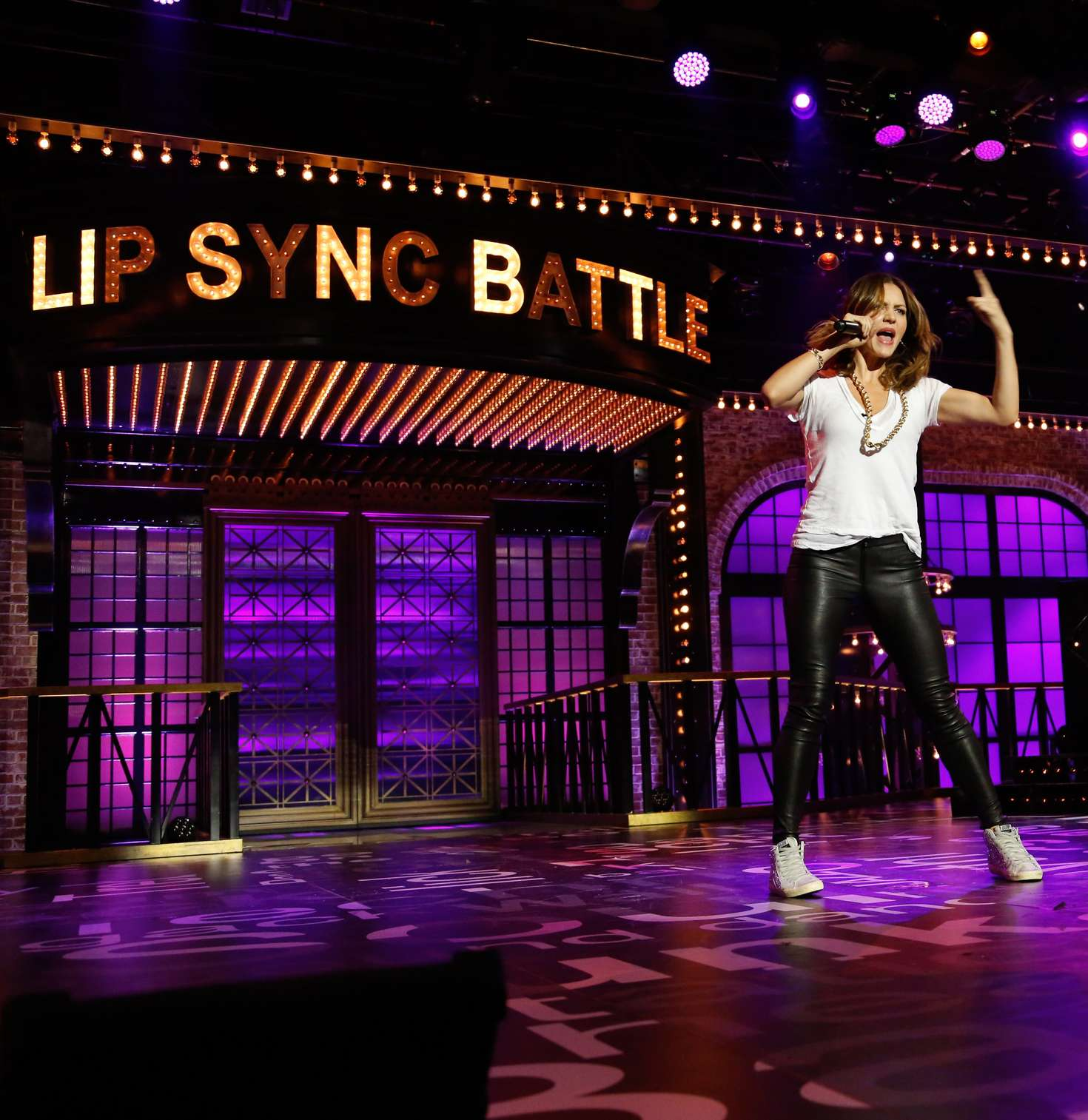 Gigi Hadid On Lip Sync Battle Video: Lip Sync Battle Stills