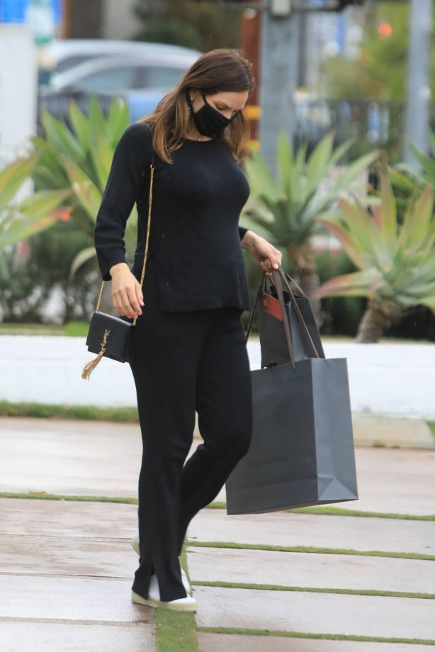 Katharine McPhee - Seen while shopping at Jhon Varvatos store in West Hollywood