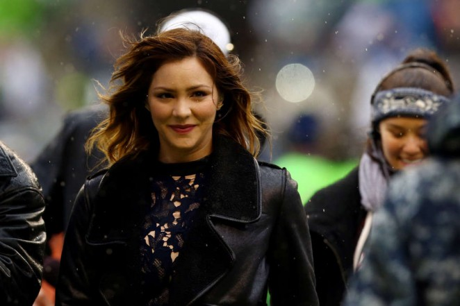 Katharine McPhee - Sings the National Anthem at the 2015 NFC Championship Game in Seattle