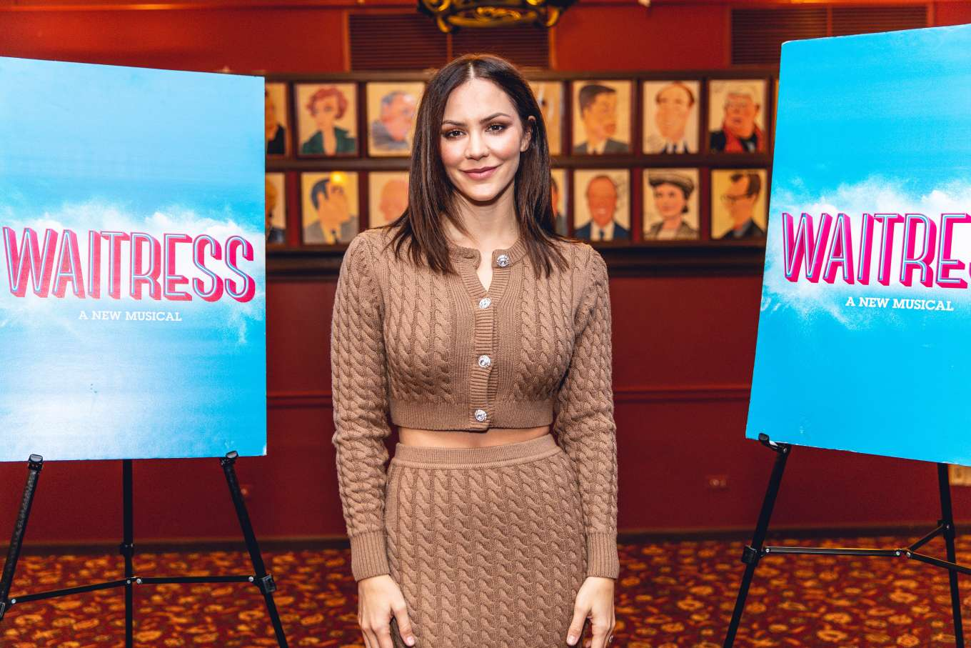 Katharine McPhee 2019 : Katharine McPhee – Waitress Press Day in New York-06