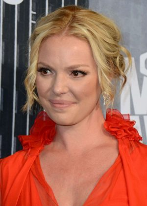 Katherine Heigl - 2017 CMT Music Awards in Nashville