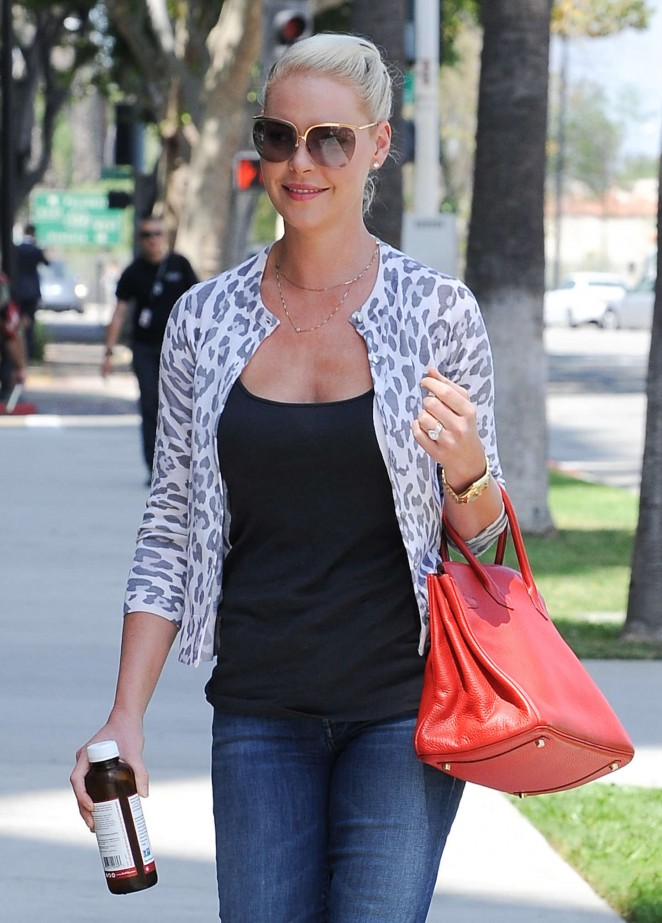 Katherine Heigl in Ripped Jeans out in Los Angeles