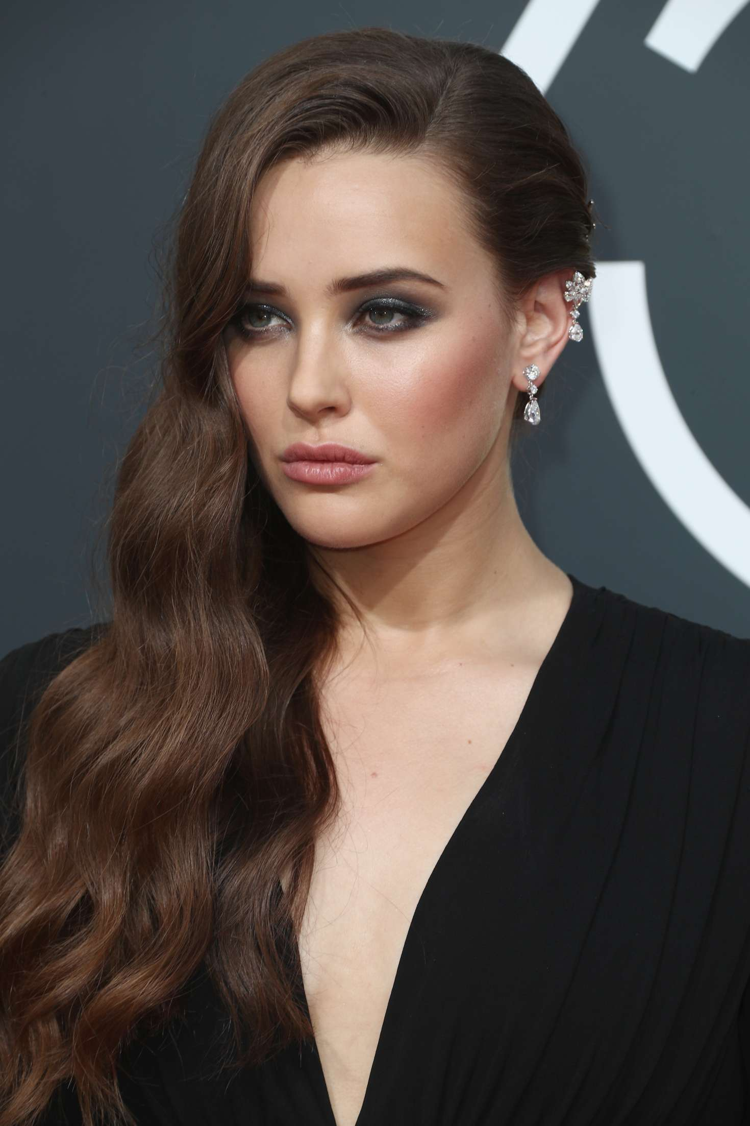 langford singles Katherine langford romantically linked to her 13 reasons why co-star dylan minnette they played an on-screen couple, hannah, and clay they love posing for pictures together and sharing the.