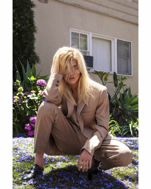 Katherine McNamara - Avant Magazine (June 2020)