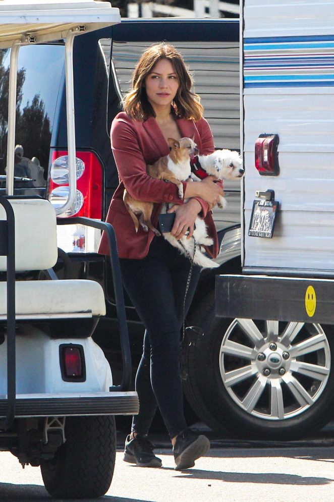 Katherine McPhee – With her dogs Wilmer and Lady on the set of 'Scorpion' in Los Angeles