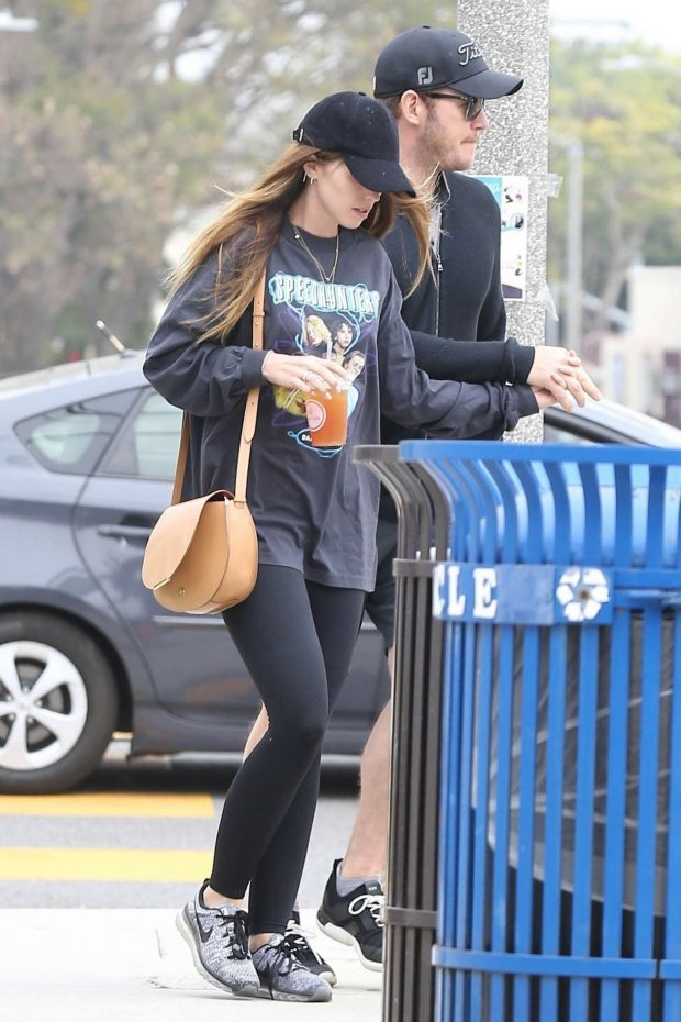 Katherine Schwarzenegger and Chris Pratt: Out in Los Angeles -01
