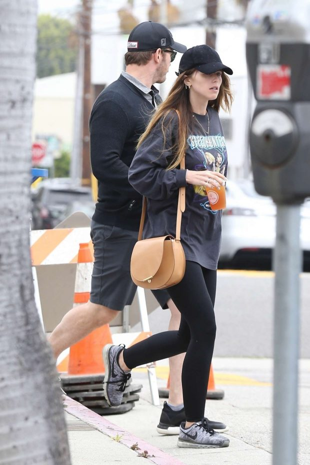 Katherine Schwarzenegger and Chris Pratt: Out in Los Angeles -07