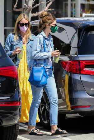 Katherine Schwarzenegger - In denim shopping candids in the Palisades