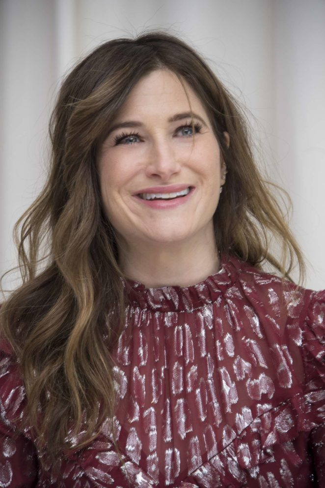 Kathryn Hahn – 'A Bad Moms Christmas' Press Conference in Beverly Hills