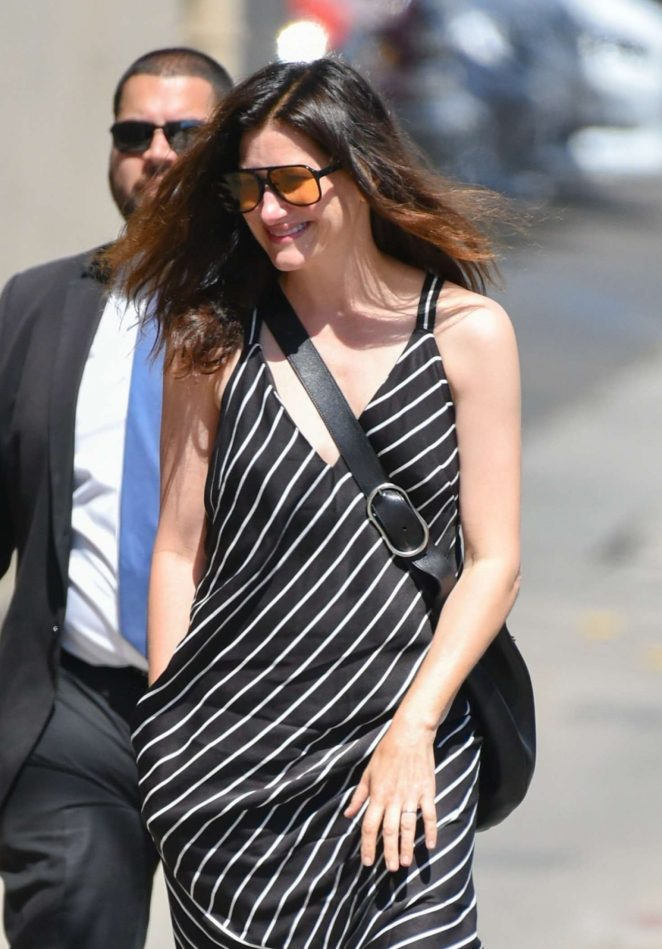 Kathryn Hahn - Arrives at Jimmy Kimmel Live in Hollywood