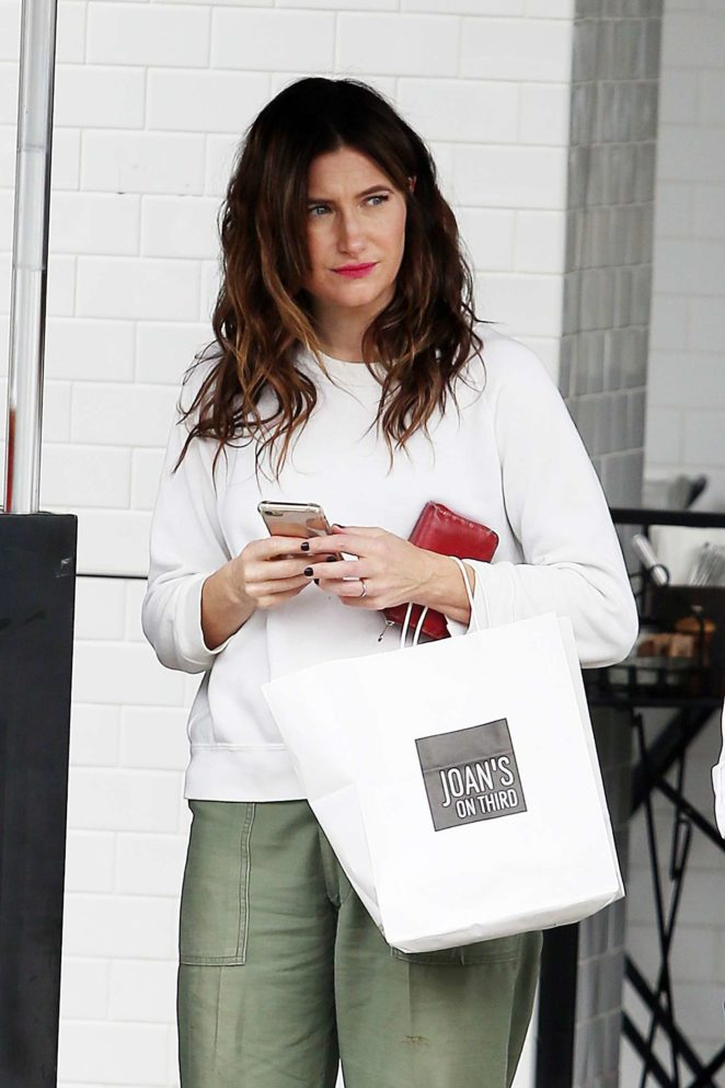 Kathryn Hahn at Joan's on Third in Studio City