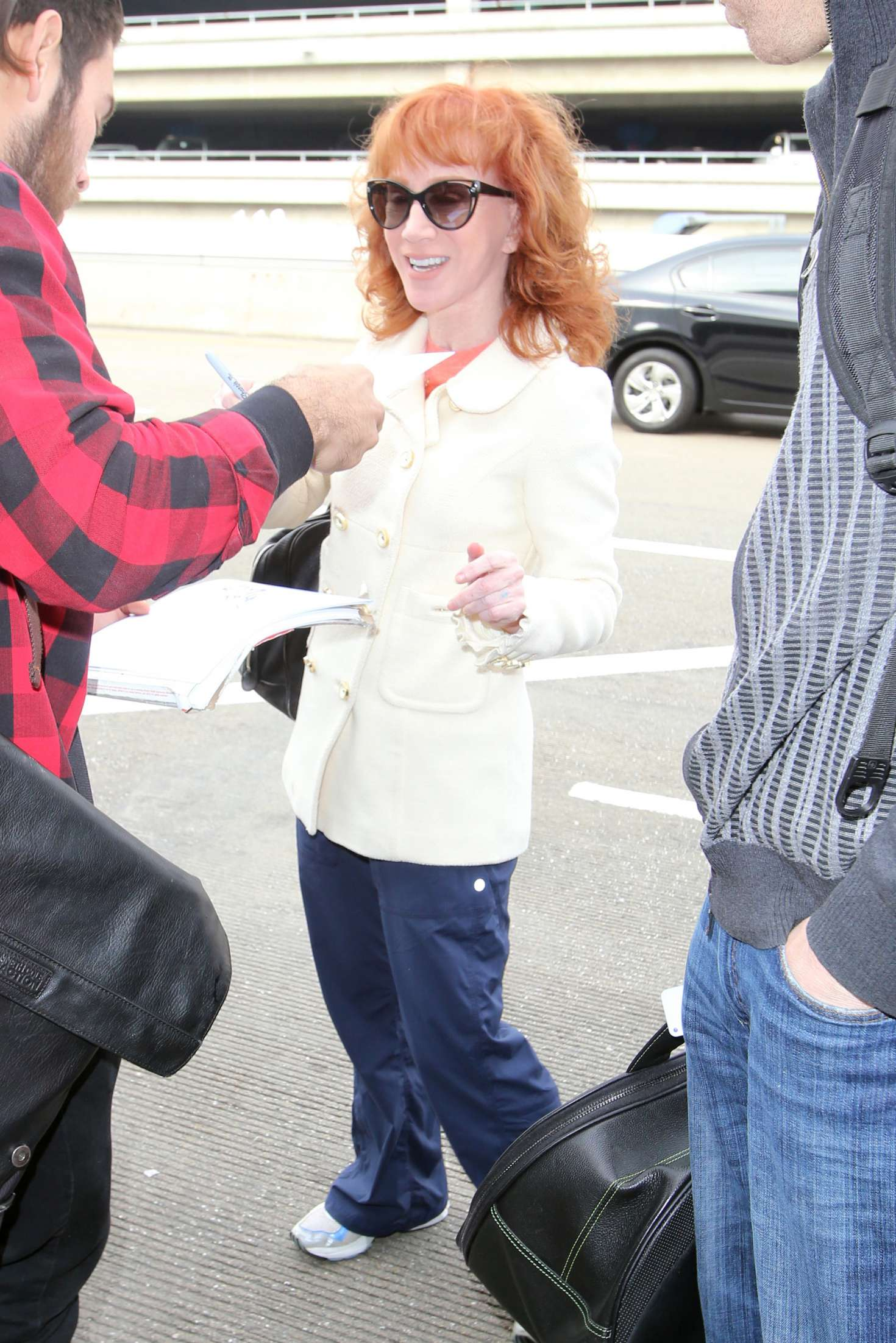 Kathy Griffin 2017 : Kathy Griffin: Arrives at LAX Airport -15