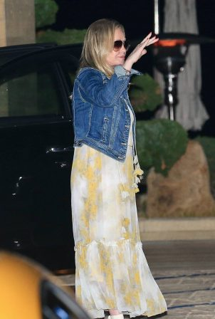 Kathy Hilton - Out to dinner at Nobu in Malibu