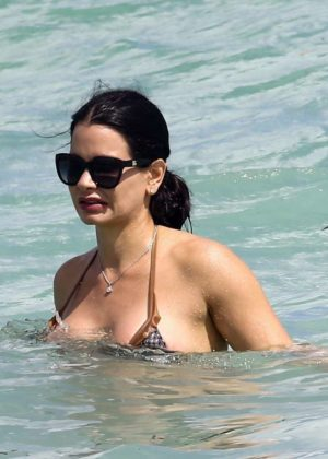 Kathy Picos in Bikini on the beach in Miami Pic 11 of 35