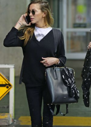 Katie Cassidy Arrives back in Vancouver