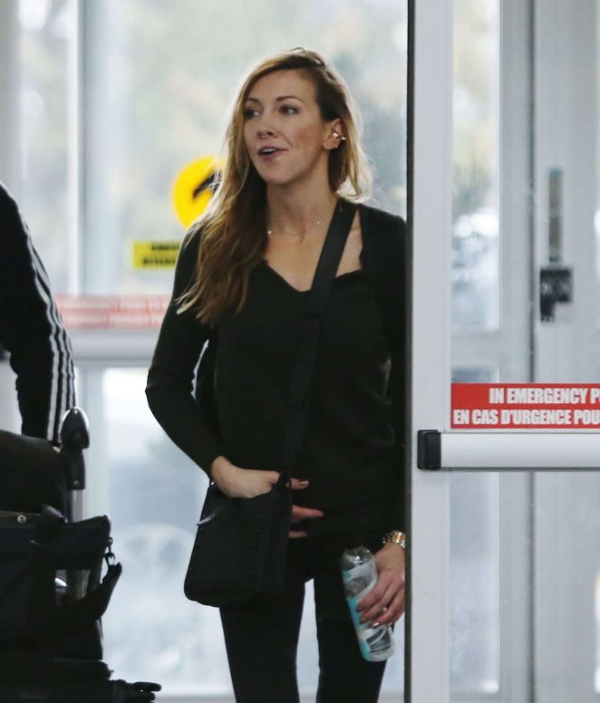 Katie Cassidy at Airport in Vancouver