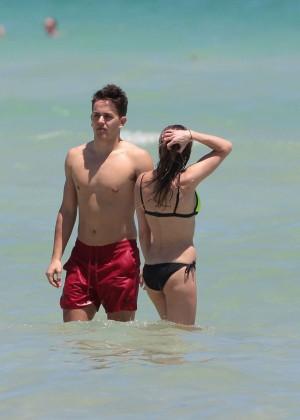 Katie Cassidy in Bikini -14