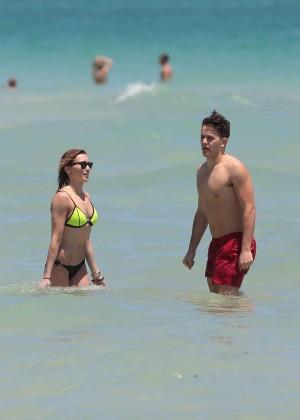 Katie Cassidy in Bikini -18