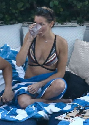 Katie Cassidy - Bikini poolside in Miami