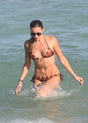 Katie Cassidy Hot in Bikini -06