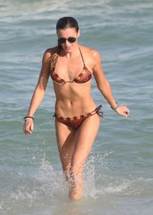 Katie Cassidy Hot in Bikini -18
