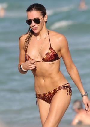 Katie Cassidy Hot in Bikini -21