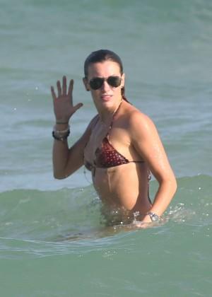 Katie Cassidy Hot in Bikini -38