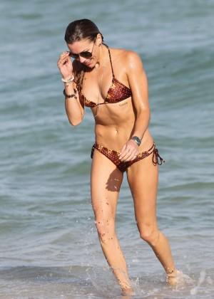 Katie Cassidy Hot in Bikini -39