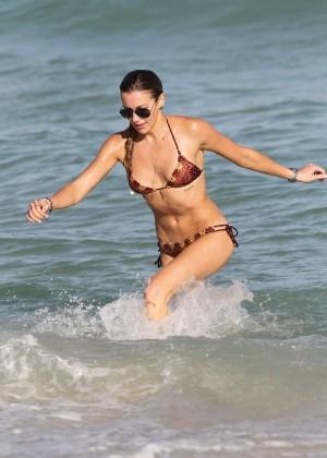 Katie Cassidy Hot in Bikini -42