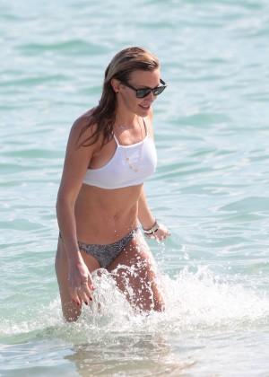 Katie Cassidy in Bikini -08