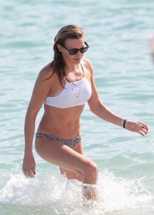 Katie Cassidy in Bikini -12