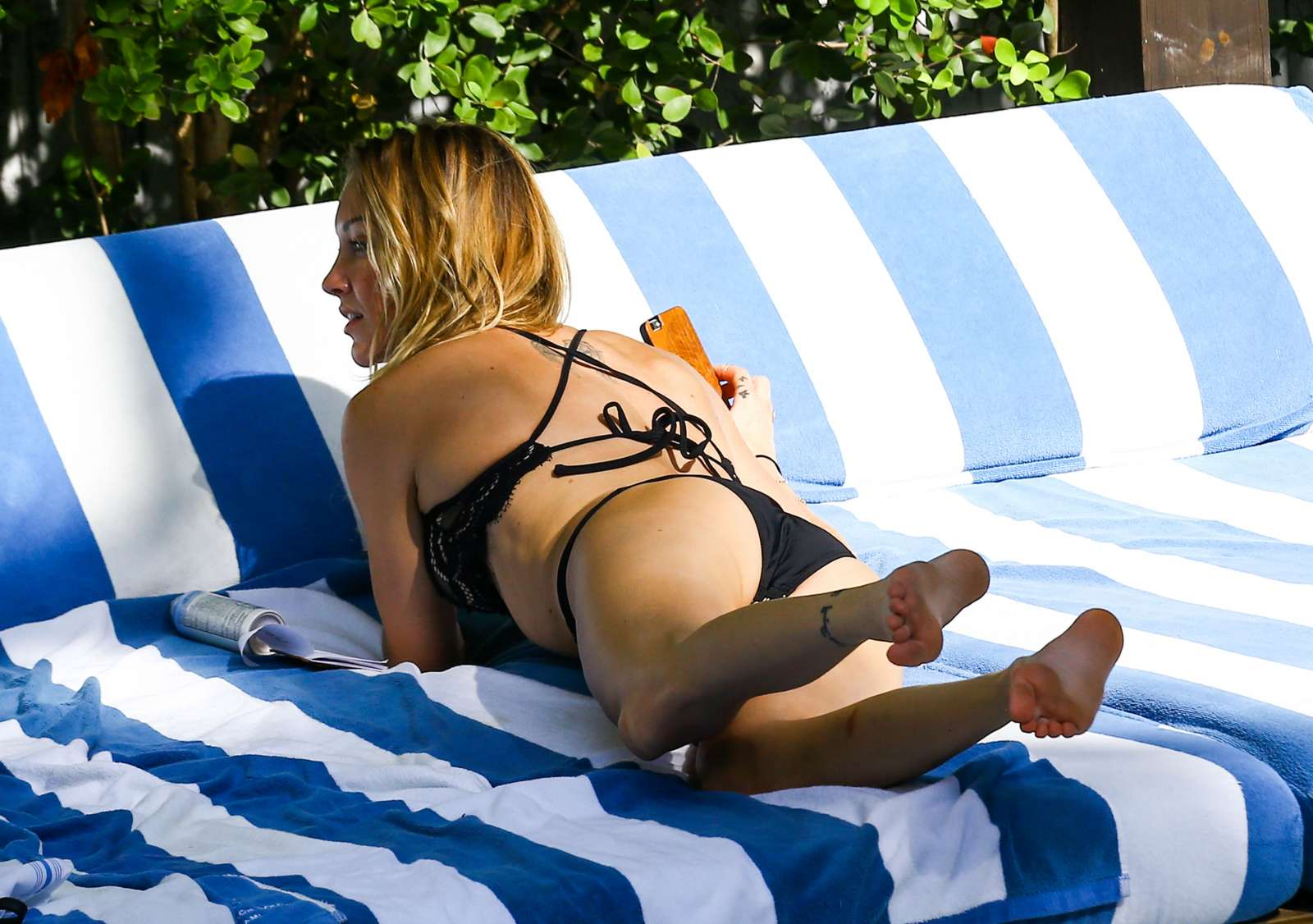 Katie Cassidy in Black Bikini at the pool in Miami   Katie-Cassidy-in-Black-Bikini-2016--25