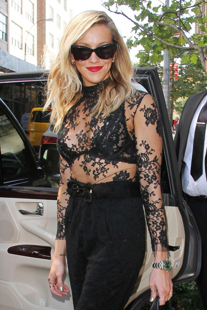 Katie Cassidy - Leaving her Hotel in NYC