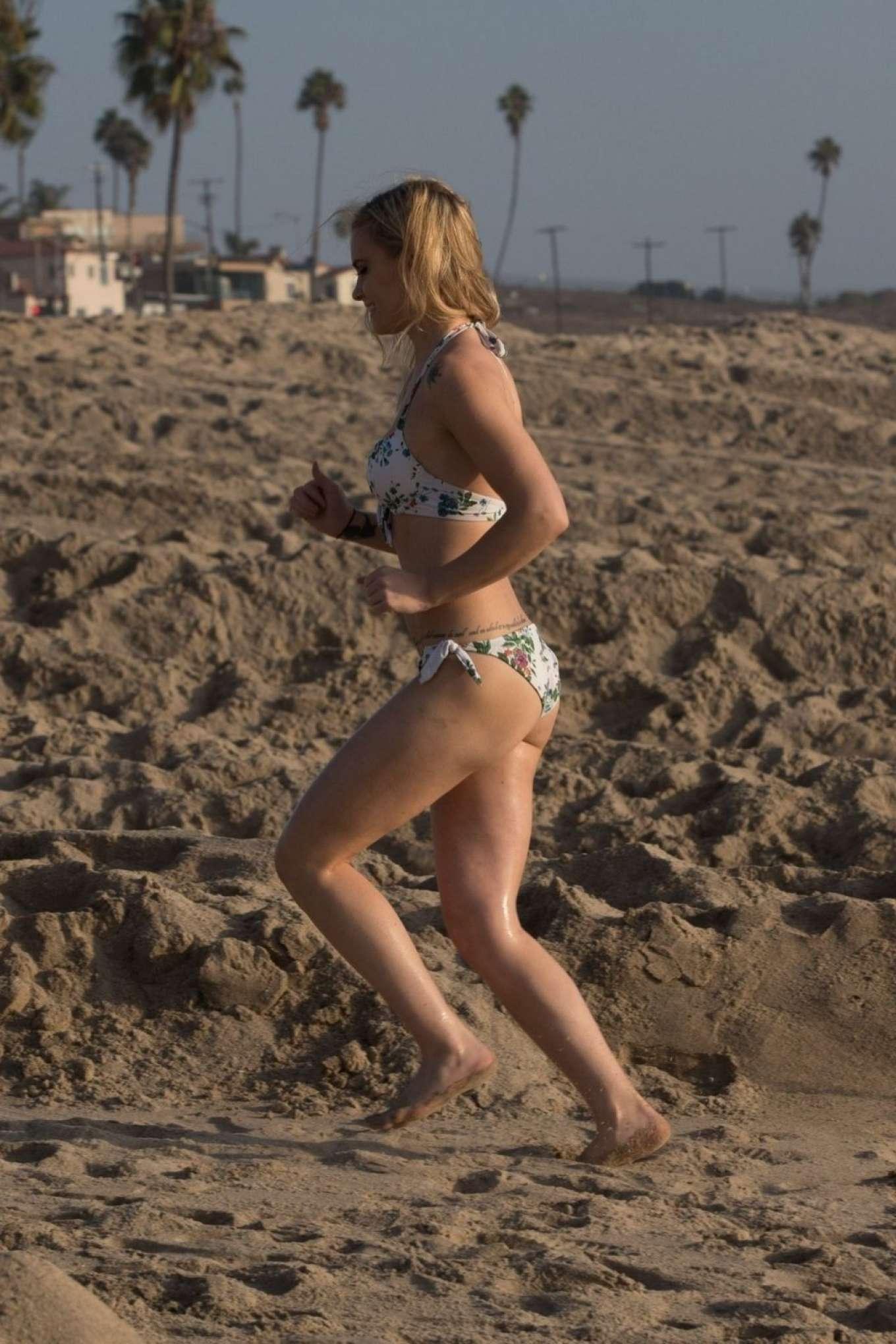 Katie Cherry 2019 : Katie Cherry in Floral Bikini 2019-06