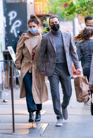 Katie Holmes and Emilio Vitolo - Spotted while out in New York City