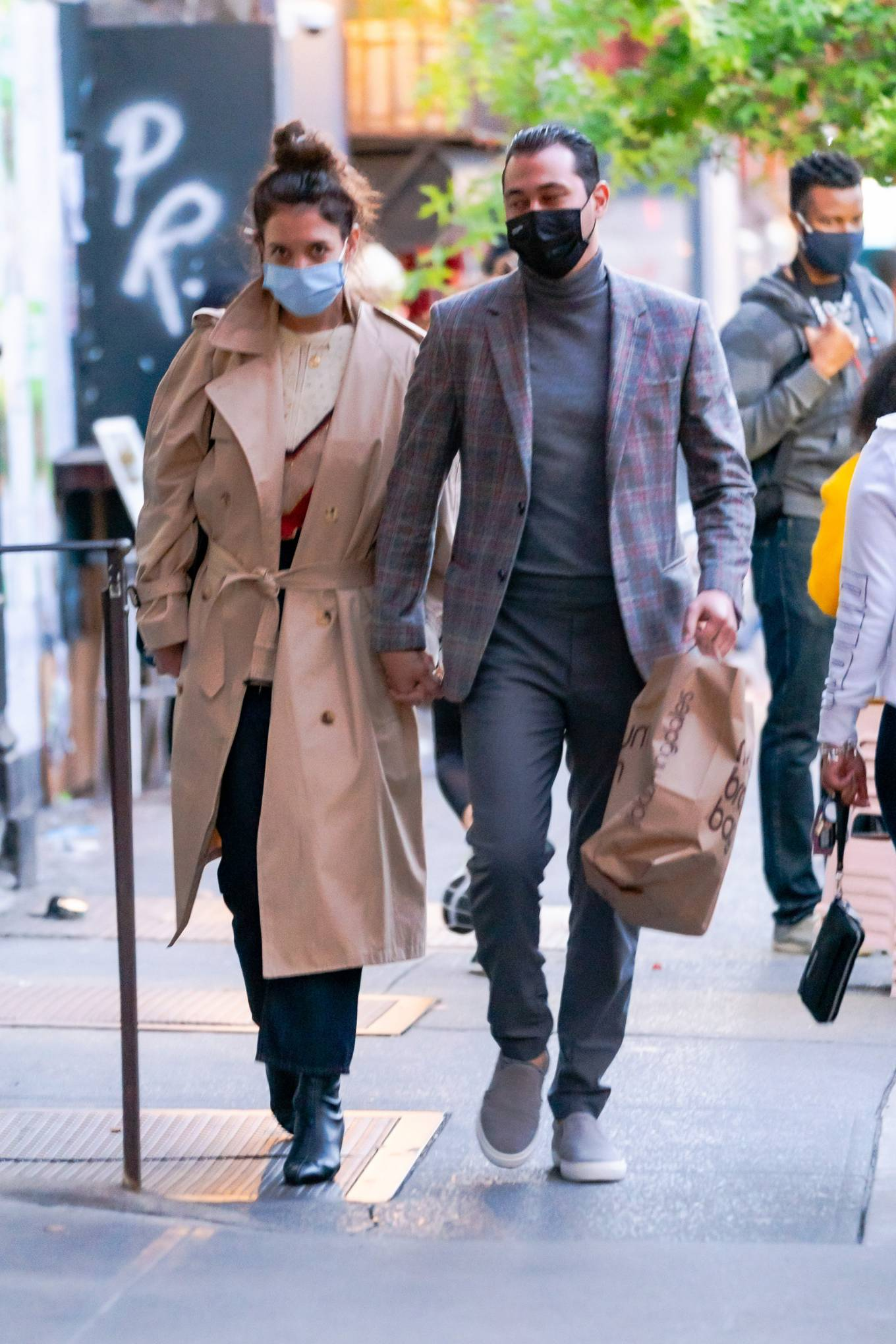 Katie Holmes 2020 : Katie Holmes and Emilio Vitolo – Spotted while out in New York City-03