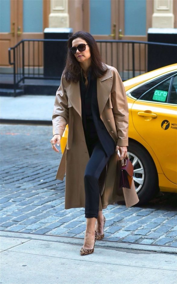 Katie Holmes - Arrives at the Crosby Hotel in New York City