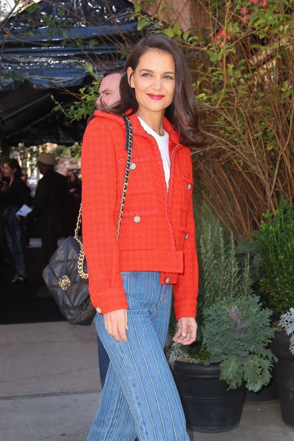 Katie Holmes - Arrives at The Tribeca Chanel Women's Filmmaker Program Luncheon in NY